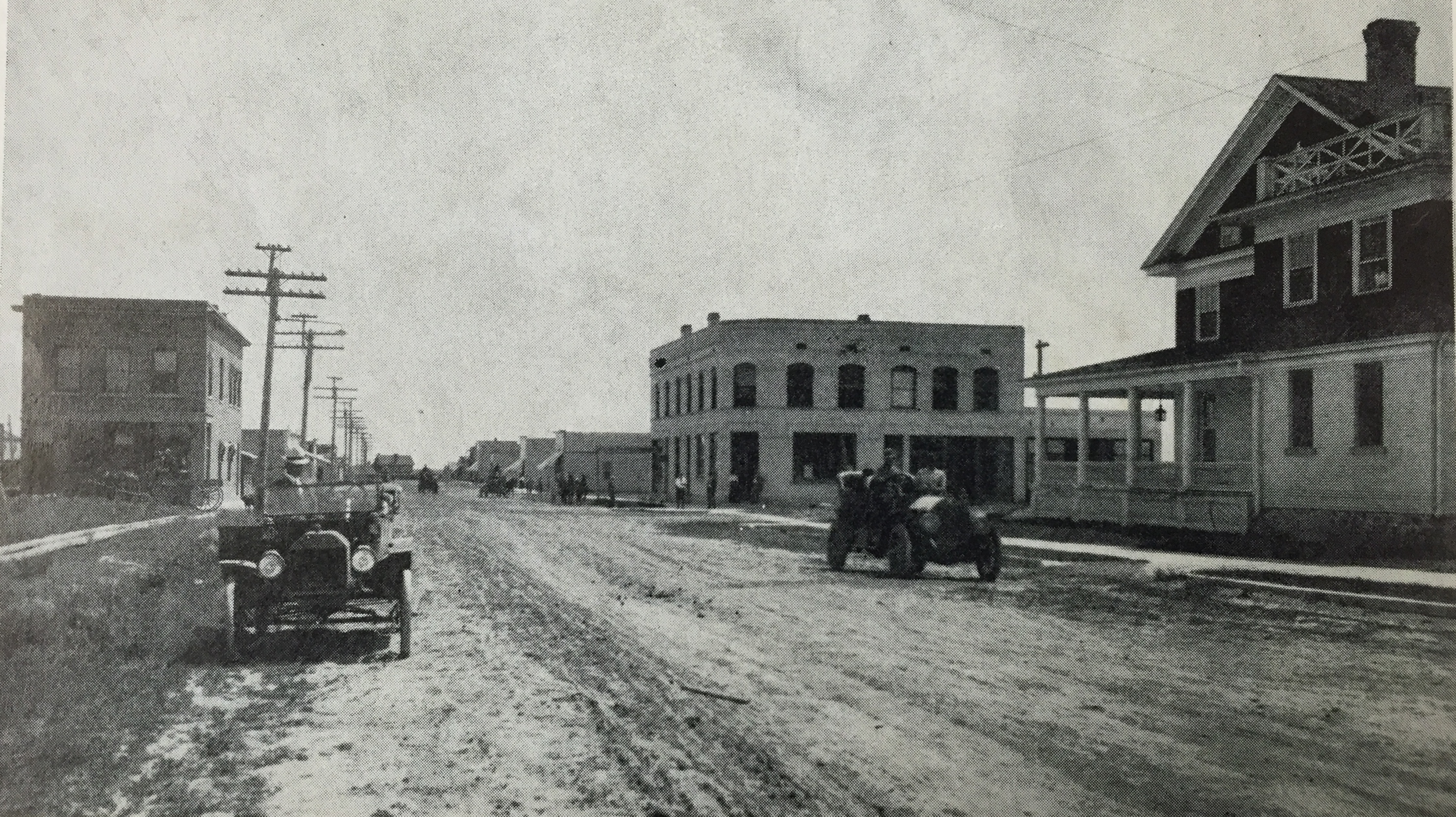 Historic Richfield, Idaho Main Street Cars
